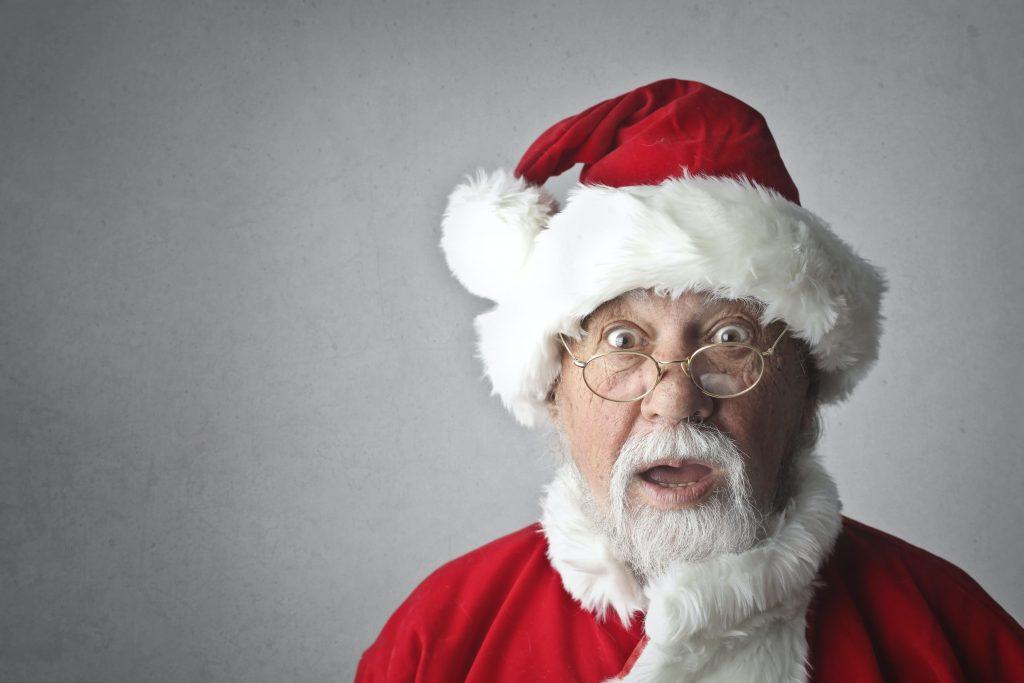 Förvånad jultomte